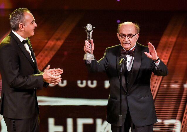 الناقد السينمائي المصري يوسف شريف رزق الله