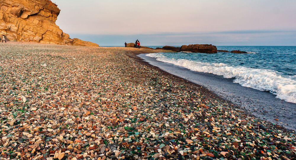 الشاطئ الزجاجي في مدينة فلاديفوستوك الروسية