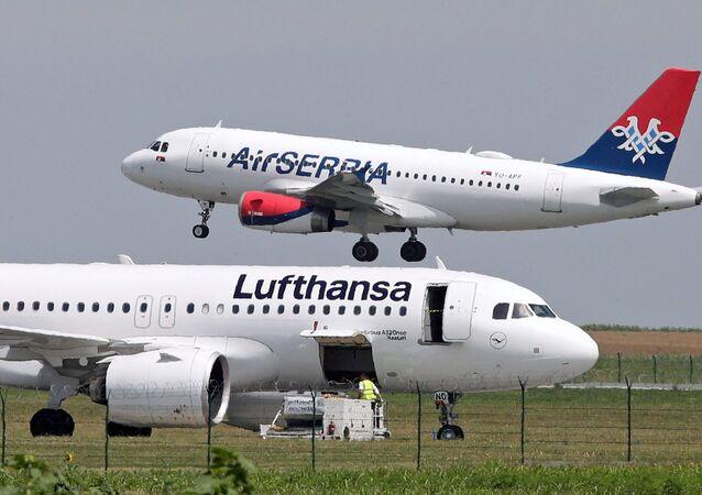 الخطوط الجوية الألمانية لوفتهانزا