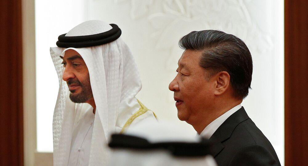 ولي عهد أبو ظبي الشيخ محمد بن زايد آل نهيان مع الرئيس الصيني شي جين بينغ في بكين