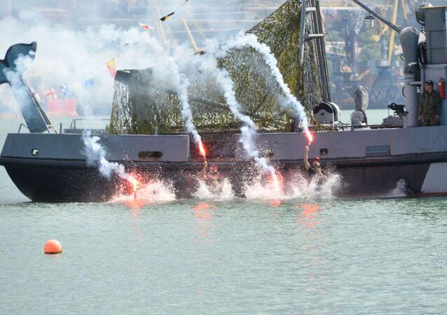 احتفالات يوم القوات البحرية في روسيا