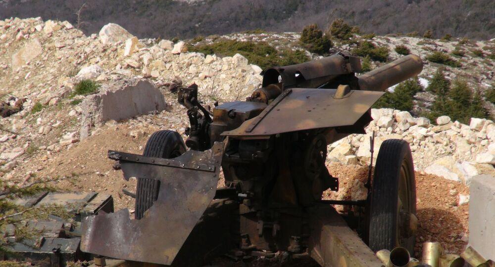القوة النارية السورية ترد على الإرهابيين في اللاذقية
