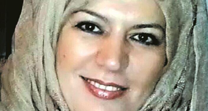 الكاتبة الصحفية والروائية والفنانة التشكيلية لبنى ياسين