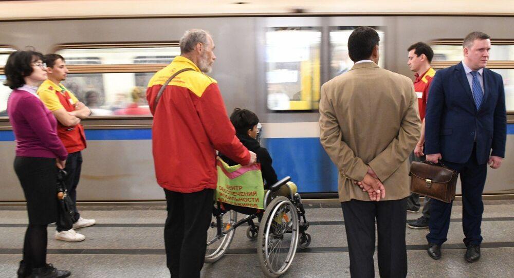 قاسم الكاظمي في مترو موسكو