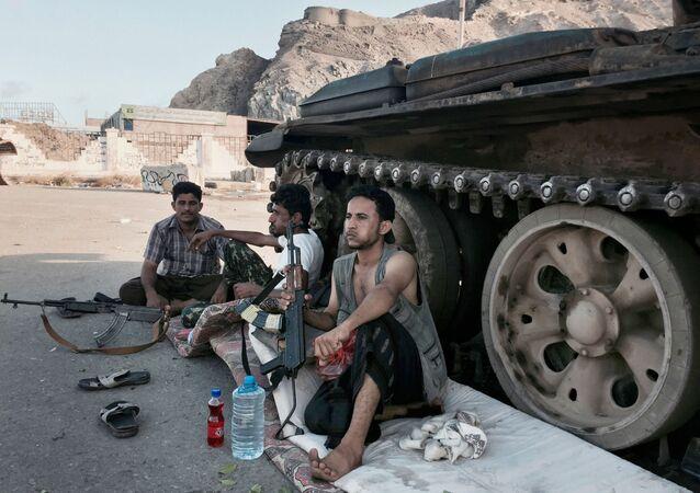 قوات يمنية تابعة لحكومة هادي في عدن