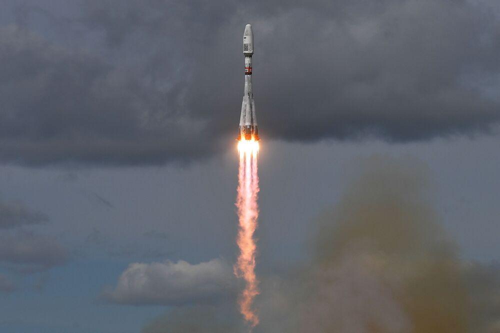 إطلاق صاروخ حامل سويوز-2.1بي والقمر الصناعي ميتيور-إم رقم 2-2 من محطة الإطلاق الفضائي الشرق