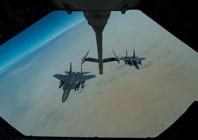 طائرة إف-15إ الأمريكية فوق منطقة الخليج العربي، إيران، 1 أغسطس/ آب 2019