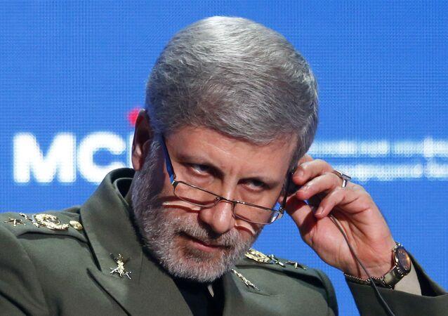 وزير الدفاع الإيراني أمير حاتمي، أبريل 2018