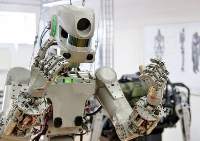 الرجل الآلي فيودور