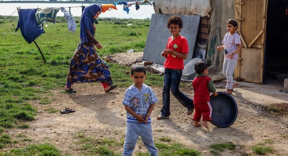 اللاجئين السوريين البدو بالقرب من قرية كشرا في شمال لبنان بالقرب من الحدود مع سوريا.14.04.2013