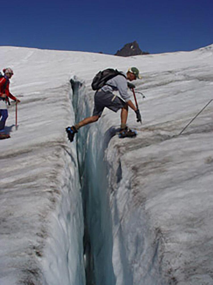 عبور شق ايستون الجليدي، الشلالات الشمالية، 2005