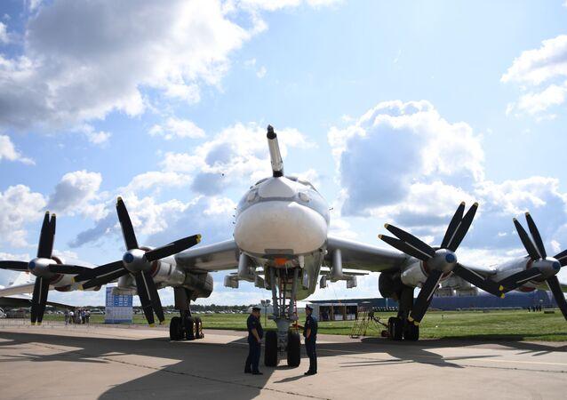 طائرة سوفيتية تو-95إم إس - معرض ماكس 2019 للطيران الجوي في مطار جوكوفسكي في ضواحي موسكو، 27 أغسطس/ آب 2019