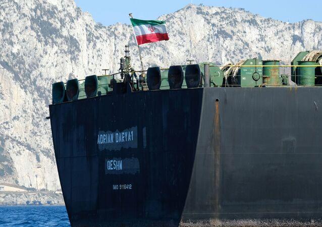 ناقلة النفط الإيرانية أدريان داريا، المعروفة سابقًا باسم غريس 1، قبالة ساحل جبل طارق في 18 أغسطس 2019