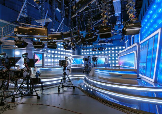 استوديو تلفزيوني