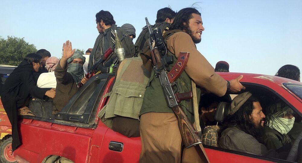 مسلحون تابعون لحركة طالبان في أفغانستانمسلحون تابعون لحركة طالبان في أفغانستان