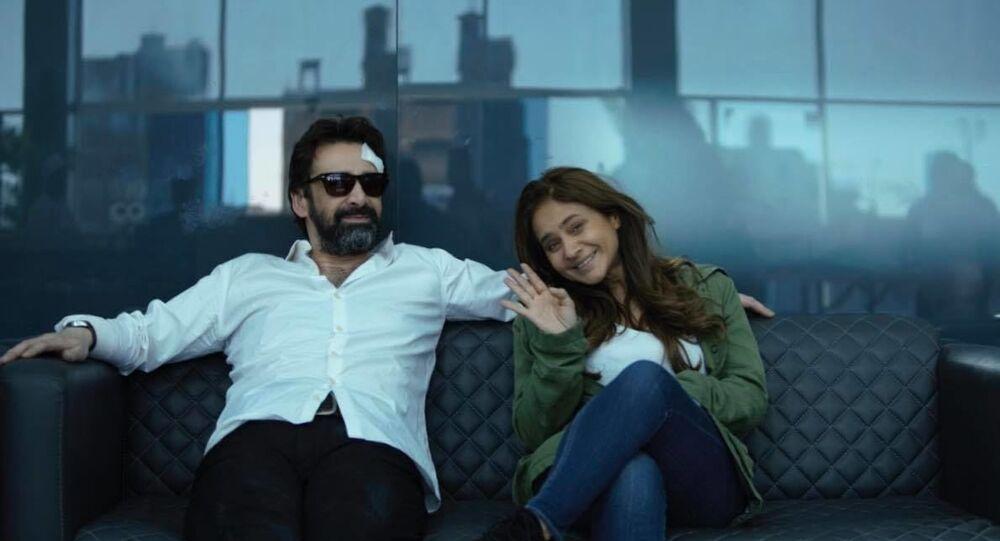 كريم عبد العزيز ونيللي كريم في كواليس الفيلم المصري الفيل الأزرق 2
