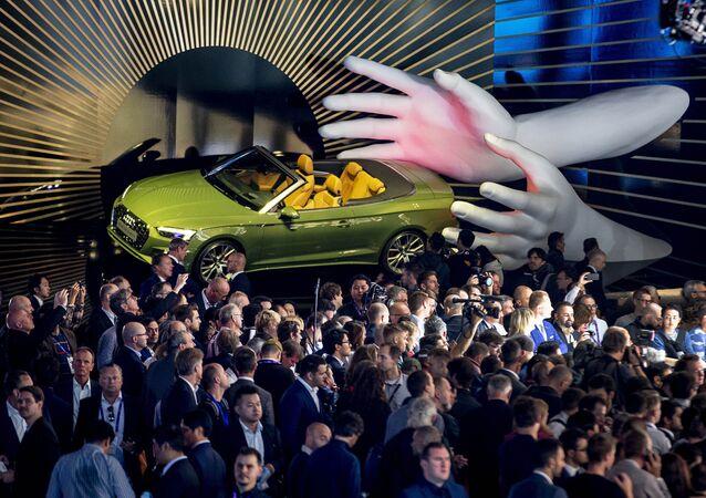 سيارة أودي أ5 4.0 تي دي أي كواترو (Audi A5 4.0 TDI Quattro)، في المعرض الدولي  للسيارات في فرانكفورت، ألمانيا 10 سبتمبر 2019