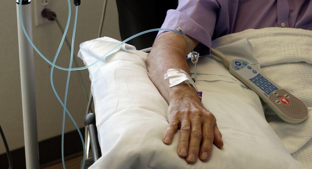 مريض يتلقى العلاج الكيميائي