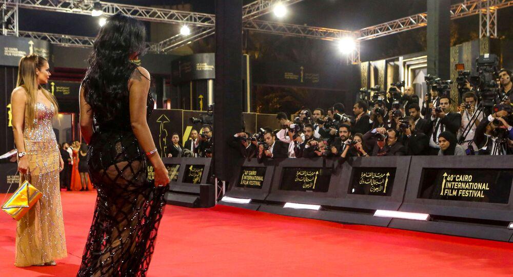 الفنانة المصرية رانيا يوسف في حفل ختام مهرجان القاهرة السينمائي الدولي 2019