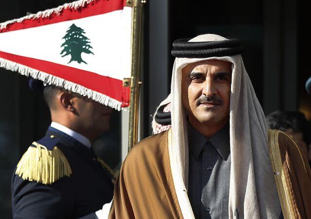 الأمير القطري في بيروت خلال المؤتمر الاقتصادي العربي