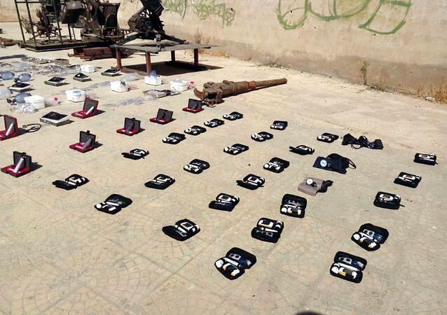 الأمن السوري يضبط مستودع أسلحة ومشفى ميداني من مخلفات الإرهابيين بريف درعا
