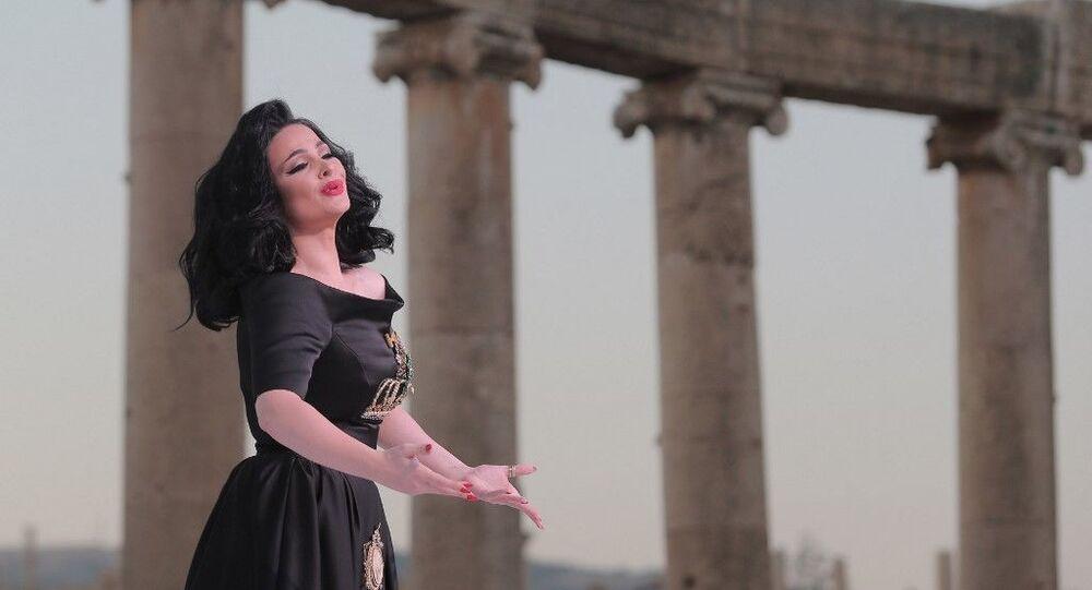 المغنية ديانا كرزون، 2015