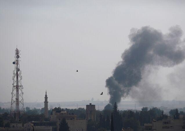 قصف في بلدة رأس العين، الحدود السورية التركية، سوريا، تركيا 10 أكتوبر 2019