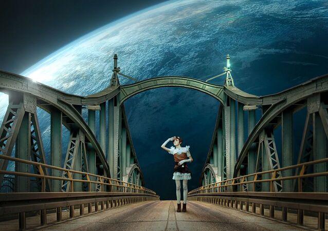 فتاة على جسر في الفضاء