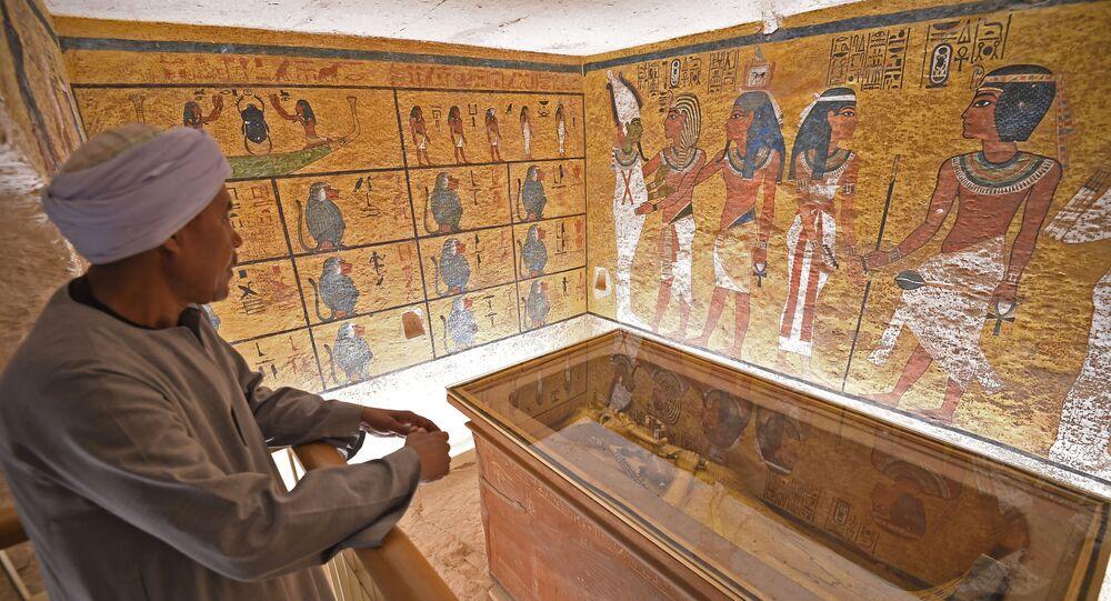 مقبرة توت عنخ أمون - أثار مصرية