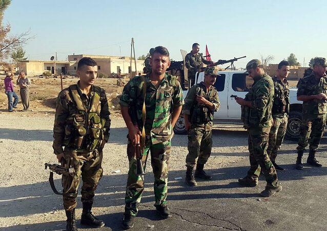 انتشار الهجانة السورية في تل تمر قرب الحدود التركية