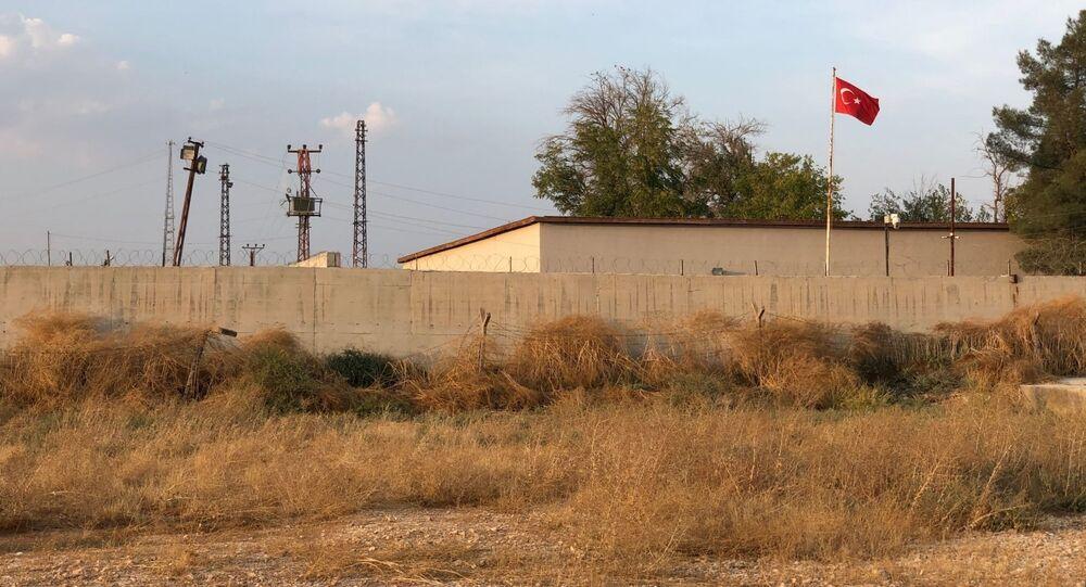 الوضع على الحدود السورية التركية، ضواحي مدينة منبج، سوريا