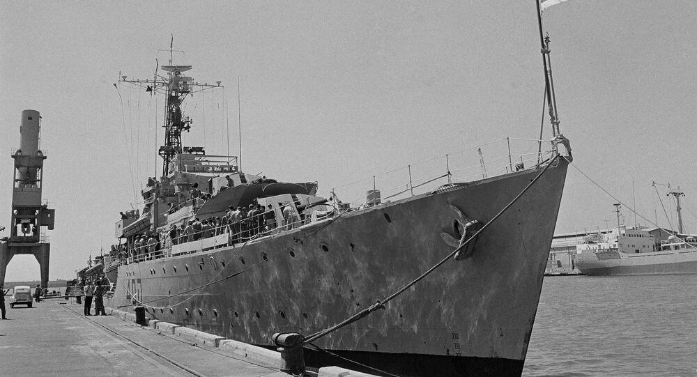 مدمرة إسرائيلية ترسو على ميناء إسرائيلي 1967