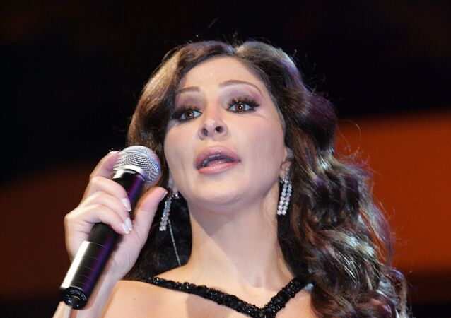 المطربة اللبنانية إليسا