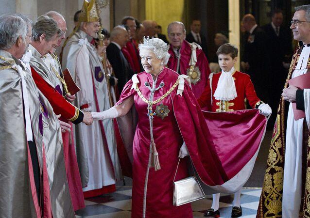 ملكة بريطانيا إليزابيث الثانية في لندن