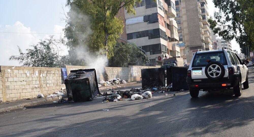 هدوء حذر يسود الشارع اللبناني بانتظار كلمة الرئيس ميشال عون