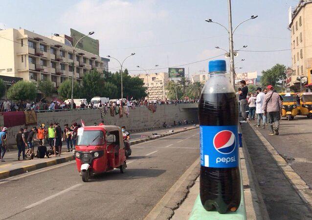 البيبسي يشارك في مظاهرات العراق