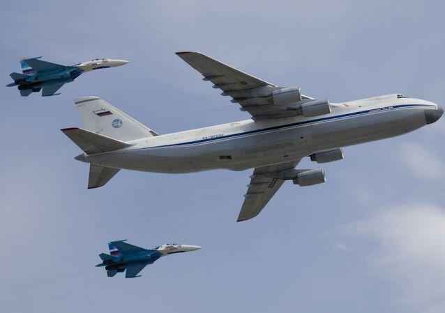 طائرة أن-124 روسلان