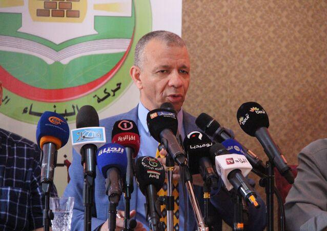 المرشح الجزائري عبد القادر بن قرينة