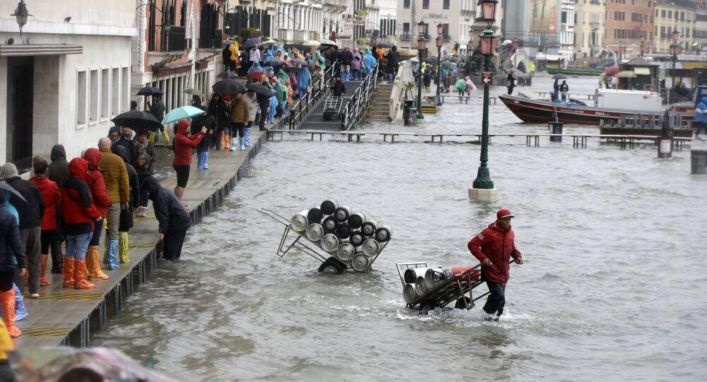 فياضانات في فينيسا (البندقية)، إيطاليا 12 نوفمبر 2019