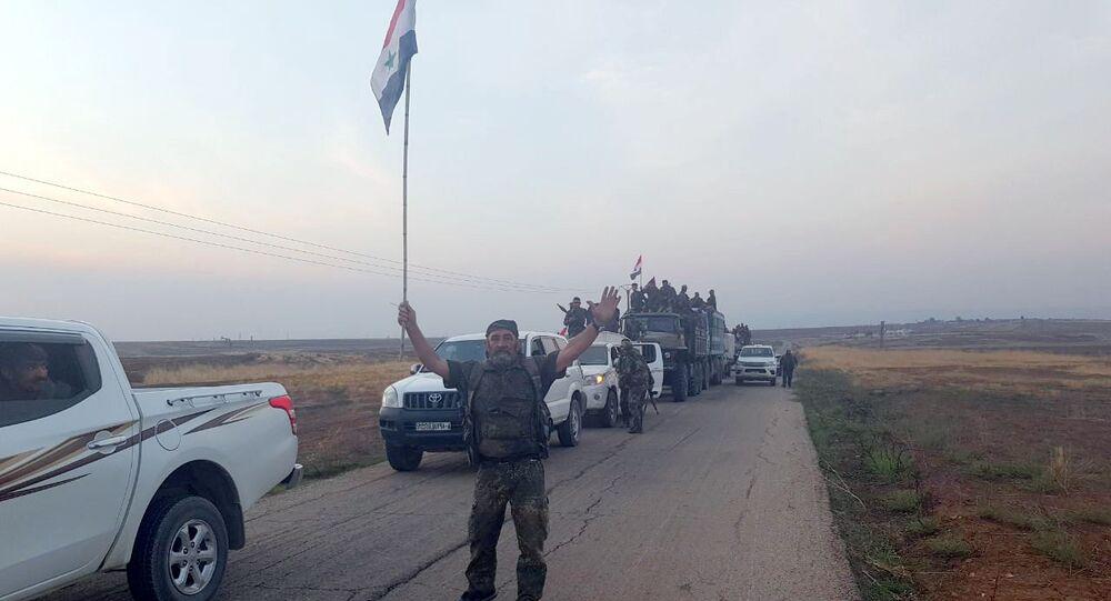 الجيش السوري ينتشر على طول الحدود السورية التركية