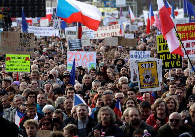 احتجاج ضد الحكومة في براغ، التشيك، 16 نوفمبر/تشرين الثاني 2019