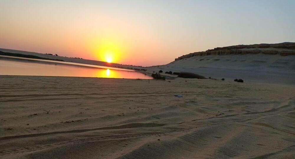 البحيرة المسحورة وغرود مويلح...أشهر أماكن للتزبق على الرمال