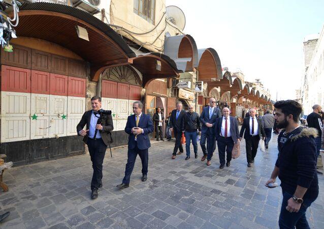 برلمانيون ألمان في دمشق القديمة