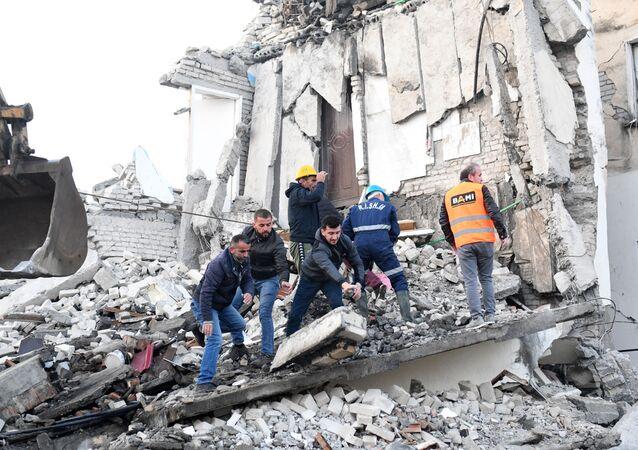 زلزال (قوته 6.4 ريختر) يضرب العاصمة تيرانا، أليانيا 26 نوفمبر 2019