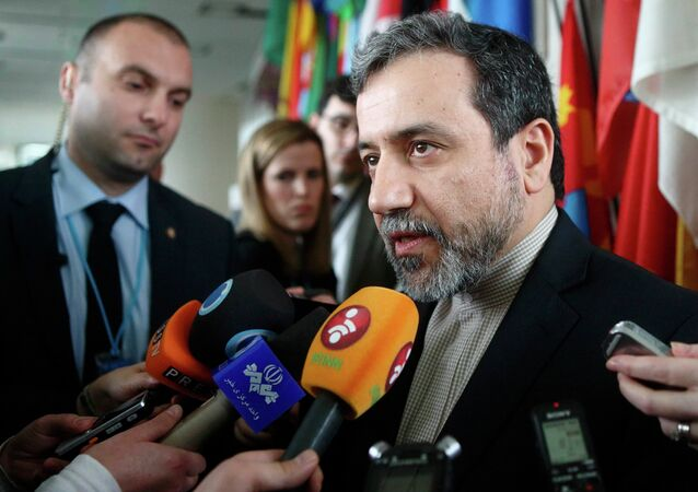 كبير مساعدي وزير الخارجية الإيرانية، عباس عراقجي، 2015