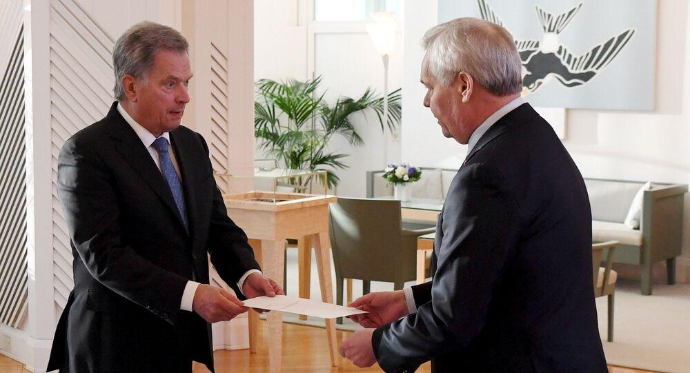 رئيس وزراء فنلندا يقدم استقالته