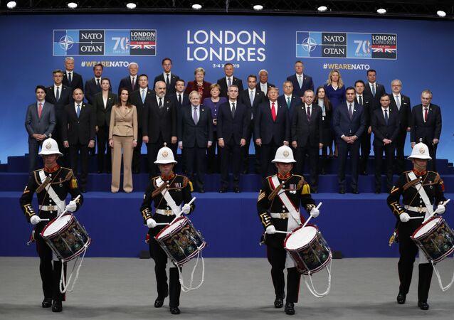 صورة جماعية لقادة دول أعضاء الحلف المشاركين في قمة الناتو في لندن، 4 ديسمبر 2019
