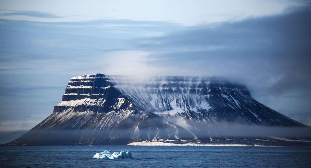 أرخبيل فرنسوا جوزيف بمنطقة القطب الشمالي