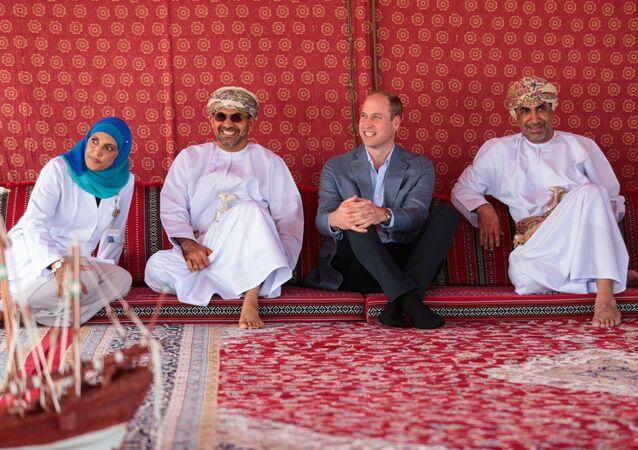 الأمير وليام يجلس بداخل خيمة في سلطنة عمان، 4 ديسمبر/ كانون الأول 2019