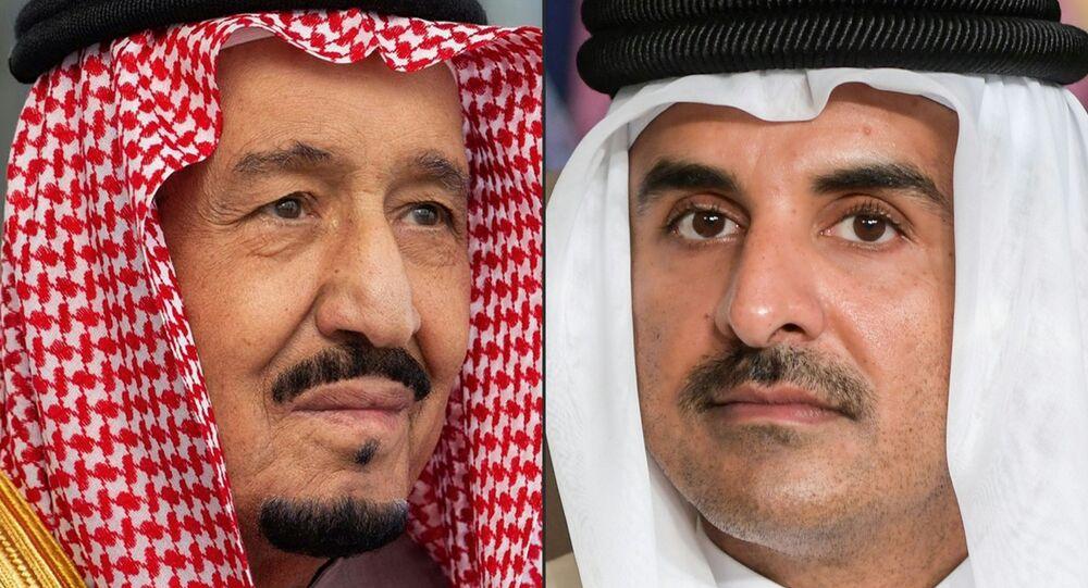 أمير قطر الشيخ تميم بن حمد آل الثاني والعاهل السعودي الملك سلمان بن عبد العزيز